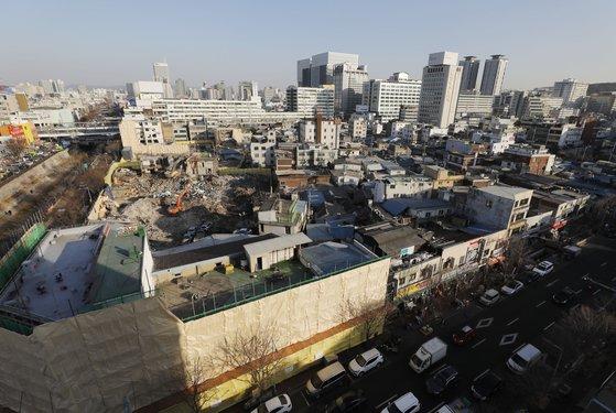 1㎡ 땅 1억5700만원에 매매···을지로  한뼘 땅  거래 급증