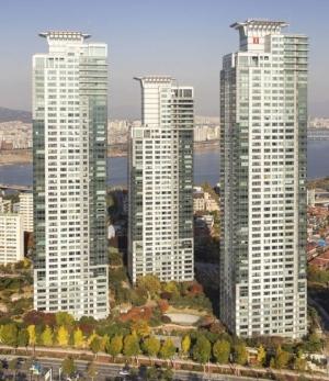 규제에도 역대 최고가 105억 거래된 아파트, 어디